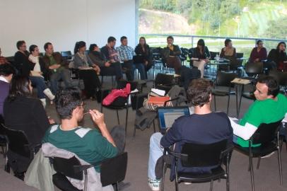 Mesa redonda, compartiendo la experiencia de las entrevistas